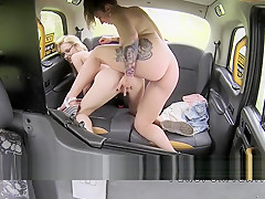 Hairy cunt blonde licked by cab driver