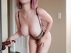 Busty amateur paid money to show boobs