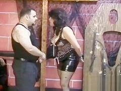Bawdy wench with freshly shaved pussy gets taped peeing