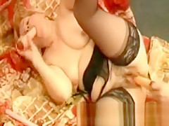 Amateur granny fucked with dildo