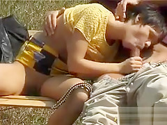 Slut gets anal fuck in park