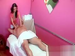 Sexy asian slut gets horny rubbing