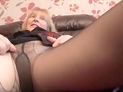 Blonde milf from Minneapolis solo with beads