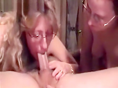 Hot Brunette Blonde MILF Cougars Oral Threesome