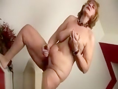 Granny With Squirting Pussy Dildoing Her Ass