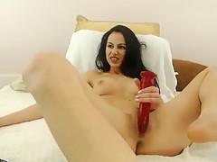 danielesquirt wants real dick between legs
