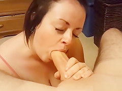Arousing Blowjob Session With A Cock Thirsty Wife