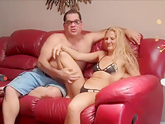 Alishia Flames,hot american from Arizona that masturbates and fucks good!