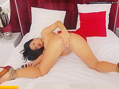 AdaaSweet play with pussy in vip show