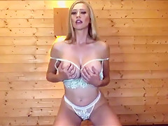 Sophie Reade on Babestation Daytime 16/07/18 (TITS OUT!) #1