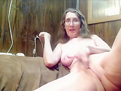 Mature milf housewife on cam - Join hotcamgirls69 for free live camgirl