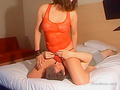 Lapping at the pussy while cumming hard