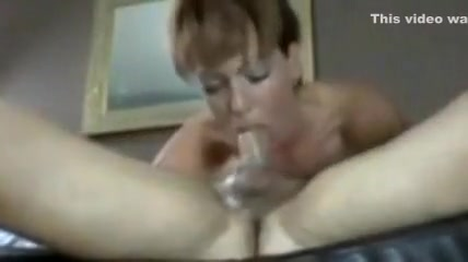 Big butt housewife fucks