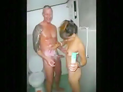 Spitroasting a pattaya streetslut with a buddy condomless