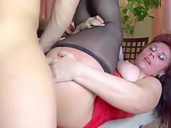 Beautiful chubby booty of my hot white wife fucked hard