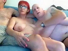 steph_suzie private video on 07/15/15 06:44 from Chaturbate