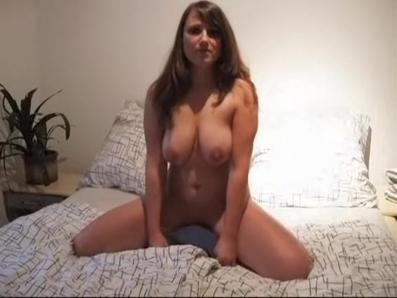 Excited privatehomeclips com humping the pillow all