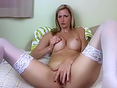 Ashley Mason masturbating on webcam