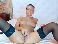 EmillyFox caresses her pussy