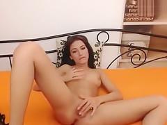 BettyAngelRose shows off her ass