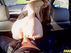 Stella in An officer not a gentleman: Stunning busty brunette can't resist - FakeCop