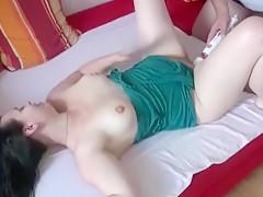 Erzwungene Orgasmen mit dem Massagestab