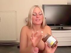 Nutella vom Schwanz geleckt! Willst Du auch mal