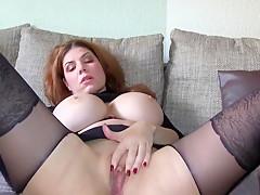 Spontan selbst Anal zum Orgasmus gefickt und zufllig gefilmt