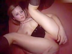Wichs-Show vor Usern - 1. öffentlicher Orgasmus