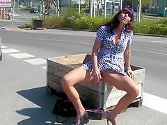Auf dem Baumarktplatz zum Orgasmus