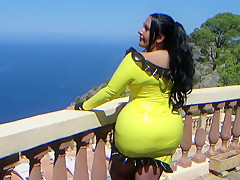 Busty Sunshine Bitch - Summer Blowjob Handjob in the Garden - Cum on my Tits