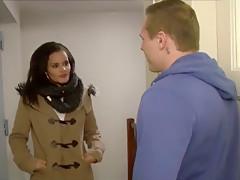Freundin von WG Mitbewohnerin gefickt
