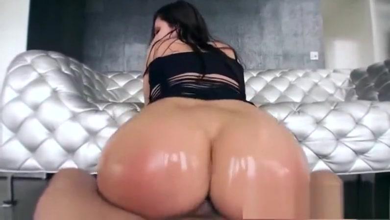 Aleksa Nicole bunduda sexo anal com lubrificante HD
