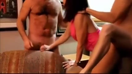 Nasty bimbo enjoys amateur oral sex with two horny guys
