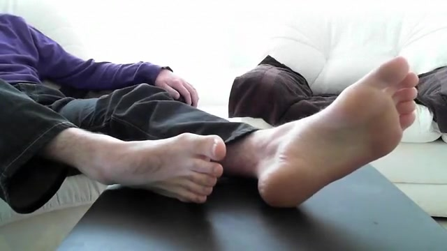 male feet 7 - male feet soles up close