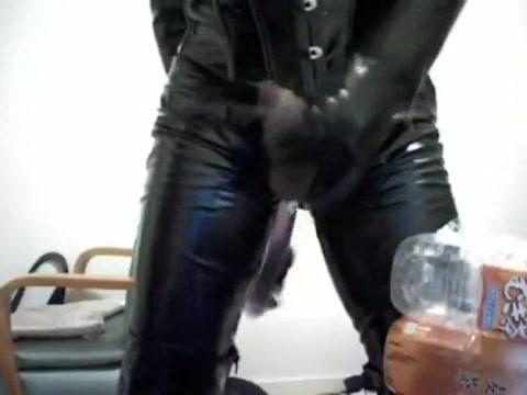 Masturbation with enamel catsuit (long dildo, anal)