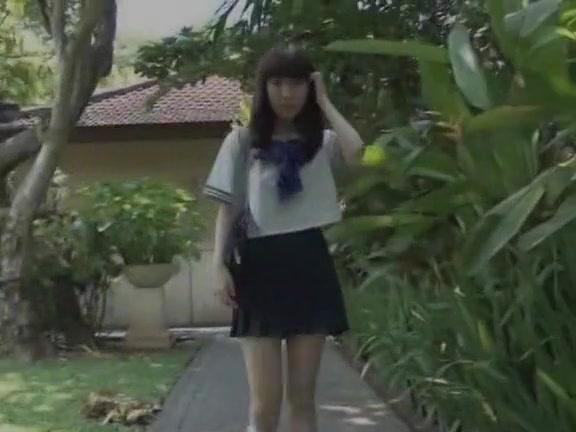 Азиатка лейла трахается любительское