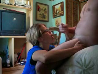 Wiffe Gives Outstanding Orall-Service & Lets Me Cum On Her Face