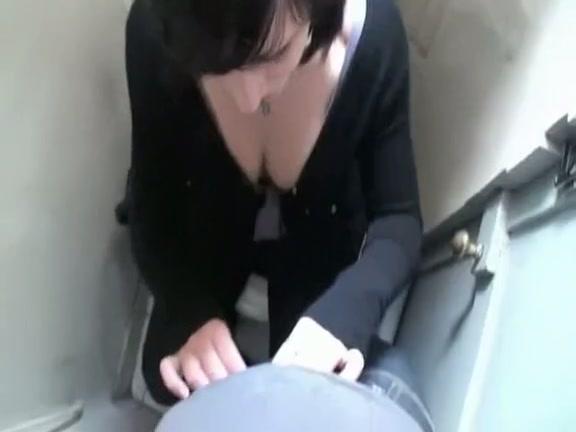 Fantastic Homemade Ding-Dong Sucking And Fucking
