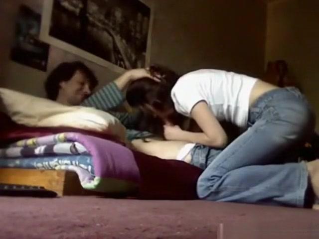 как мать снимает проститутку на скрытую камеру онлайн экране часто показывают