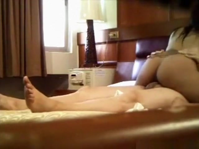 Pattaya parlor girl first massages my body and then my dick with her pussy